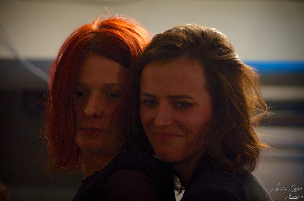Susanne Gschwendtner / Tina Muliar, in: Die heilige Simonida vom Brillantengrund. Alexandra Reill 2012. Foto: Sascha Osaka