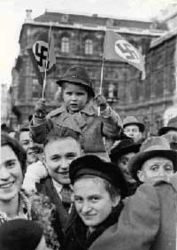 ÖNB, Lhar Rübelt, no date: enthusiastic welcoming of Hitler